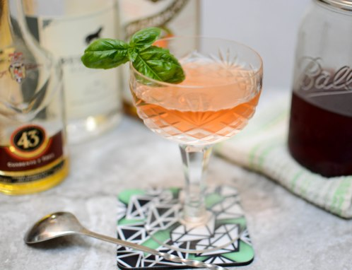 gin_strawberryshrub_licor43_3-1
